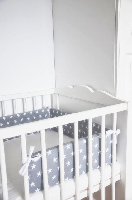 newborn crib 2